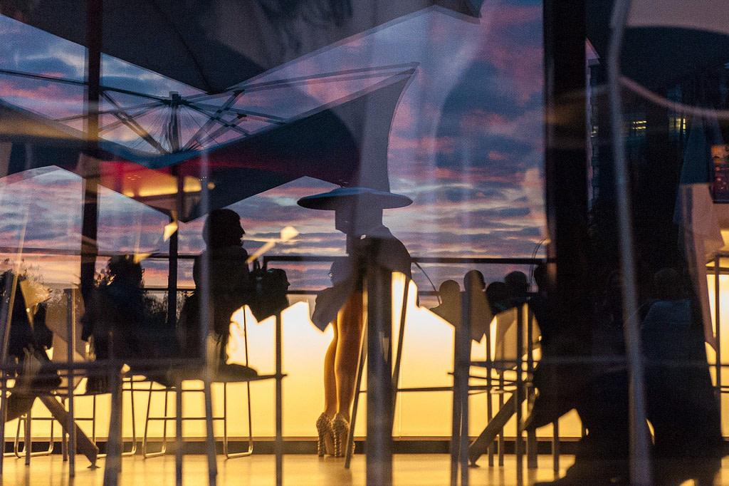 Hochzeitsdinner im Restaurant Kai 10 auf dem Mittelkanal in Hammerbrook. Die Hochzeitsbilder vom Hochzeitsfotograf Hamburg