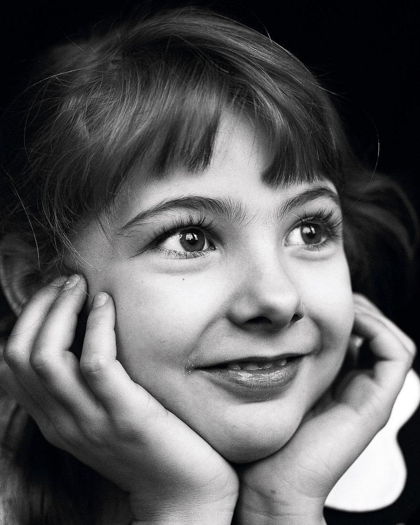 Close-up vom Kindergesicht bei der Familienfotografie und Kinderfotografie mit Tageslicht in Hamburg Rotherbaum